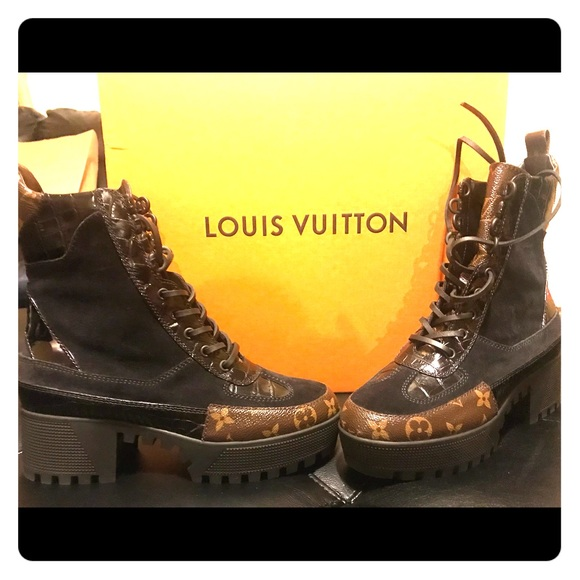 032ad35e635b Louis Vuitton Shoes - Laureate Platform Desert Boots